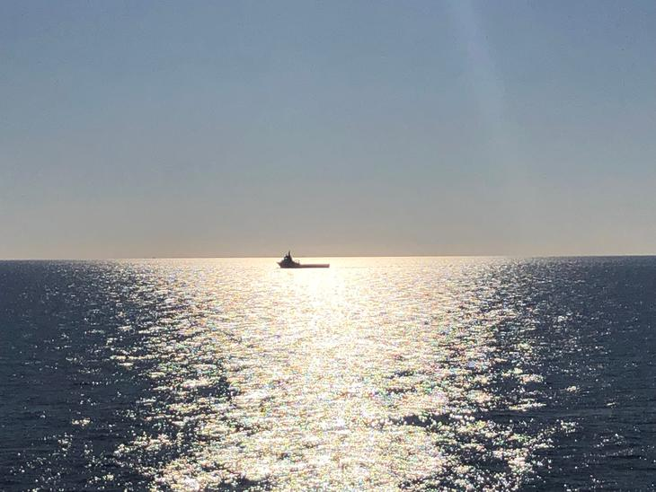 Båt på åpent hav.