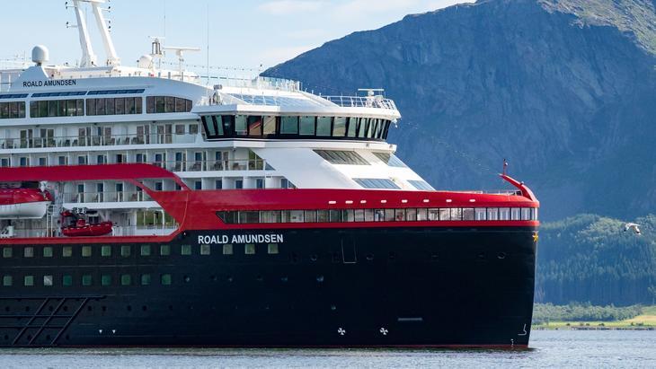 MS Roald Amundsen (Foto: Hurtigruten)